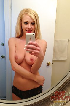 Blonde hottie does some IPhone selfies