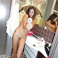 Young brunette naked in the bath room - image control.gallery.php