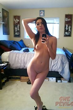 Teen girl used these nude pics to seduce her boy friend