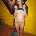 Shaved hippie chick is ready for some free love - image control.gallery.php