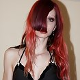 Weird Emo and Punk girls - image control.gallery.php