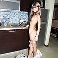 Thina and naked Gina Gerson - image control.gallery.php