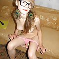 Emo nerd girl discovers the pleasures of ass - image control.gallery.php