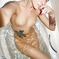 Blonde hottie Ameliya nude in the bath - image control.gallery.php