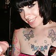Goth girl gets semen on her tattoos - image control.gallery.php