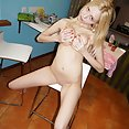 Blonde nude Vickie grips her precious tits tightly - image control.gallery.php