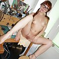 Red headed nerd gamer girl looks sexy naked - image control.gallery.php